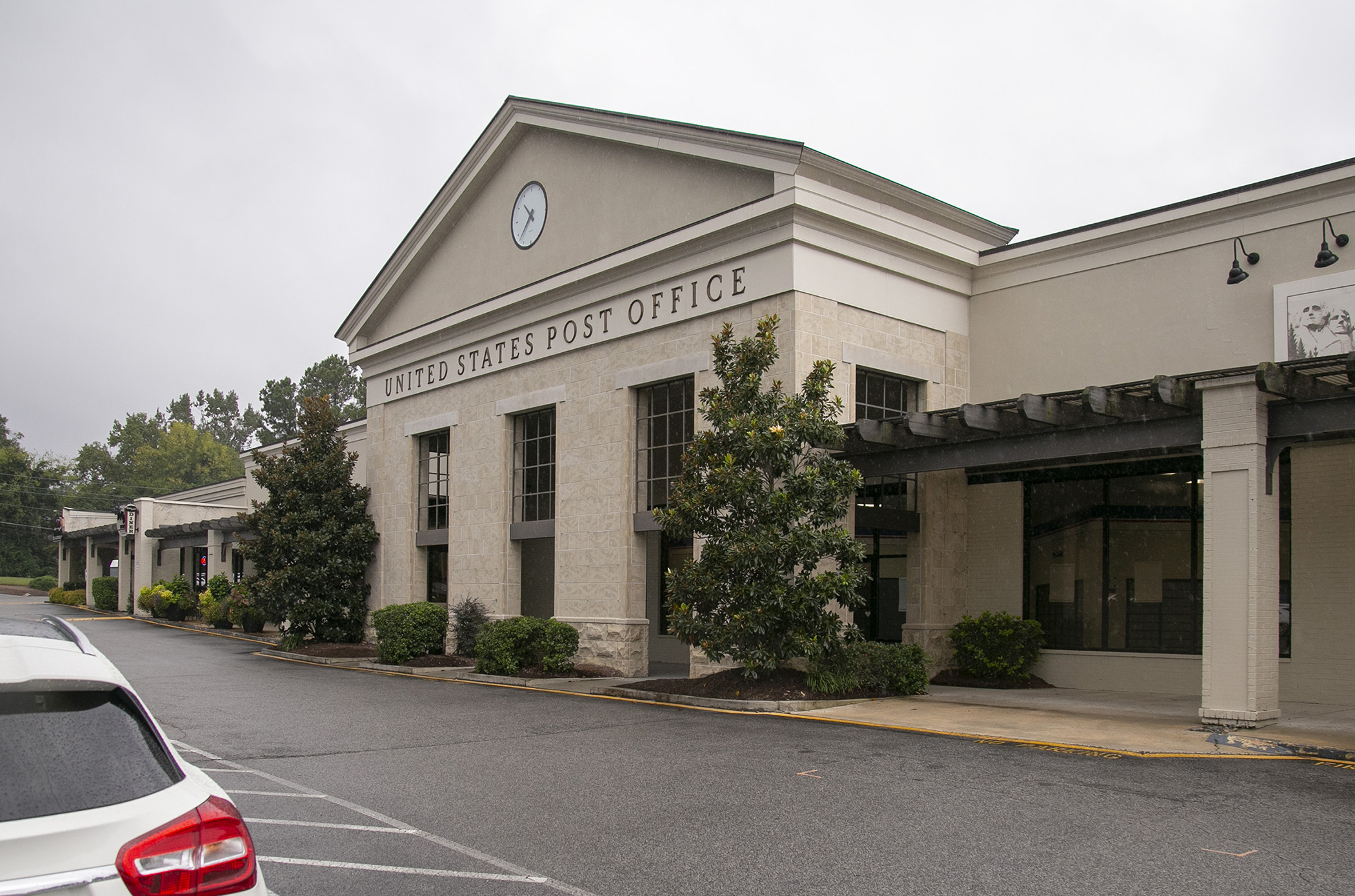 Hope Valley Square purchased by Fairway Investments